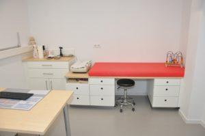 Behandlungszimmer-ki10
