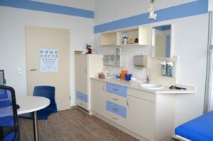 Behandlungszimmer Kinderarzt