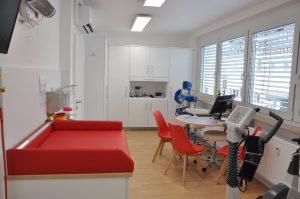 Behandlungsraum Kinderarzt