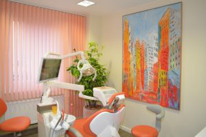 Behandlungsraum Zahnarzt-za03