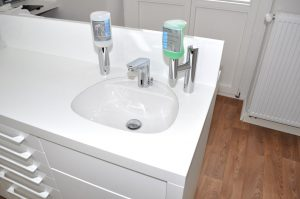 Waschbeckenschrank Zahnarztpraxis